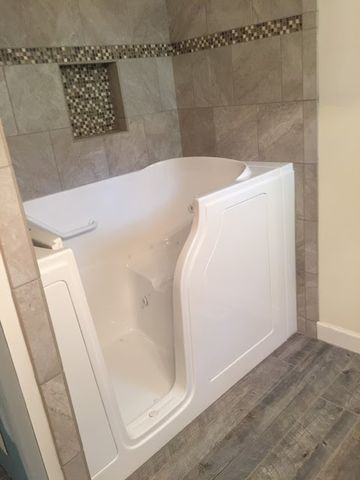 Walk-In Tub Installation in Auburn, AL (1)