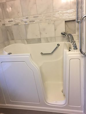 Accessible Bathtub Installation by Dream Baths of Alabama, LLC